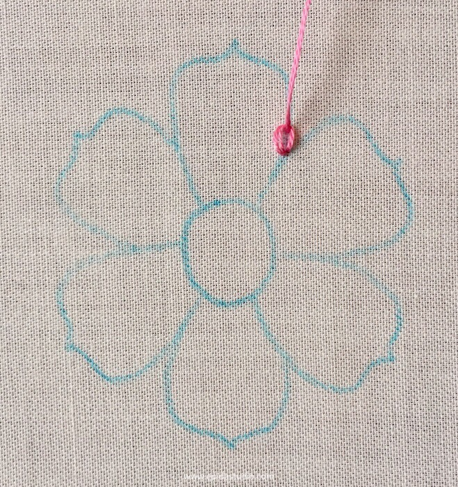 chain stitch in a flower embroidery